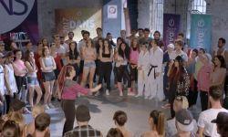 Sen Kiminle Dans Ediyorsun?: Teaser Fragman