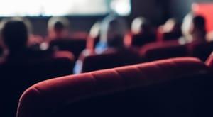 Sinema salonlarının açılışı 1 Haziran'a ertelendi