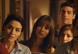Ferzan Özpetek'in yapımcılığını üstlendiği, Serra Yılmaz'ın yönettiği Cebimdeki Yabancı'dan fragman!