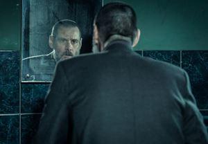 Jim Carrey'nin başrolünde yer aldığı suç filmi Dark Crimes'tan fragman yayınlandı