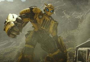 Transformers serisinin spin-off filmi Bumblebee'den Türkçe altyazılı ilk fragman yayınlandı