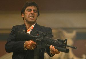 Antoine Fuqua, Scarface'in yeniden çevrimini yönetebilir