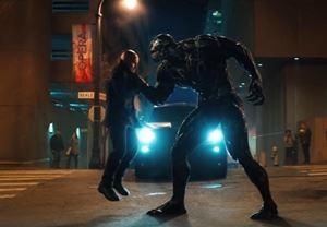 Box Office ABD: Venom, vizyondaki ikinci hafta sonunda elde ettiği $35,7 milyonla liderliğini sürdürdü