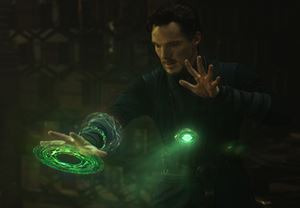 Doctor Strange'in yönetmeni Scott Derrickson, devam filminin de yönetmen koltuğunda oturacak