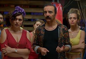 Box Office Türkiye: Organize İşler Sazan Sarmalı, sadece on günde 2 milyonun üzerinde seyirci tarafından izlendi