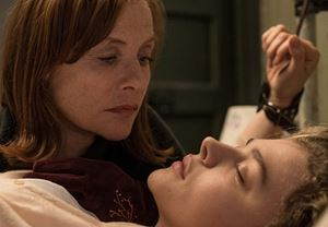 Isabelle Huppert ve Chloë Grace Moretz'in başrolleri paylaştığı Greta'dan yeni fragman!