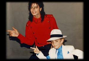 Michael Jackson'ın çocuk istismarı iddialarını odağına alan Leaving Neverland'den fragman yayınlandı