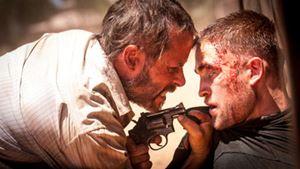 Robert Pattinson alışık olmadığımız bir rolle karşımıza çıkıyor!