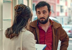 Cem Gelinoğlu'nun başrolünde yer aldığı Aykut Enişte'den fragman yayınlandı