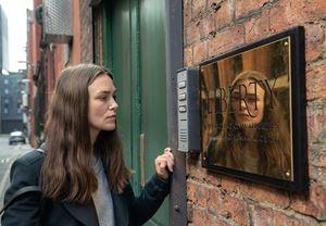 Keira Knightley ve Ralph Fiennes gibi isimlerin yer aldığı politik gerilim Official Secrets'tan fragman yayınlandı