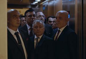 Ercan Kesal'ın yazıp yönettiği ilk uzun metraj filmi Nasipse Adayız'dan fragman yayınlandı