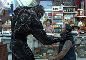 Tom Hardy'nin başrolünde yer aldığı Venom 2'nin vizyon tarihi ertelendi