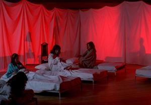 Kült korku filmi Suspiria'nın yeniden çevriminin kadrosu netleşiyor