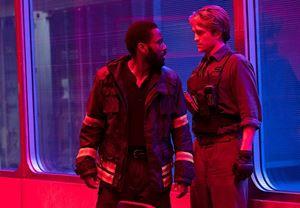 Christopher Nolan'ın merakla beklenen yeni filmi Tenet'in vizyon tarihi bir kez daha ertelendi