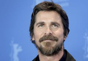 Christian Bale, The Pale Blue Eyes filminin başrolünde yer alacak