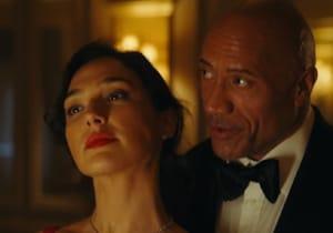 Dwayne Johnson, Ryan Reynolds ve Gal Gadot'lu Red Notice'ten teaser yayınlandı