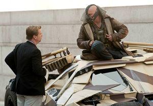 Tom Hardy, Christopher Nolan'ın James Bond'u yönetmesini istiyor