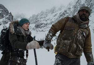 Kate Winslet ve Idris Elba'lı Aramızdaki Sözler filminden Türkçe altyazılı fragman yayınlandı