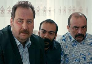 Burak Satıbol ve Ayhan Taş'ın başrollerinde yer aldığı Sinyalciler, 16 Haziran'da gösterime giriyor