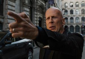 Bruce Willis'in başrolünde yer aldığı aksiyon filmi Death Wish'ten ilk görseller