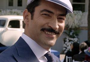 Kenan İmirzalıoğlu'nun başrolünde yer aldığı Cingöz Recai'nin fragmanı yayınlandı