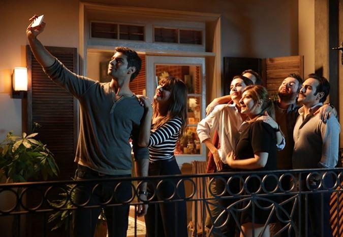 Box Office Türkiye: Serra Yılmaz'ın yönettiği Cebimdeki Yabancı, açılışını gişenin zirvesinde gerçekleştirdi