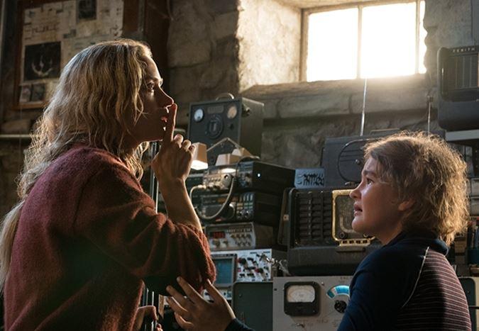 Emily Blunt ve John Krasinski'li gerilim filmi Sessiz Bir Yer'den Türkçe altyazılı yeni fragman!