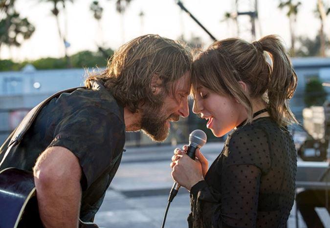 Bradley Cooper'ın yönettiği ve başrolünü Lady Gaga ile paylaştığı A Star is Born'dan Türkçe altyazılı ilk fragman!