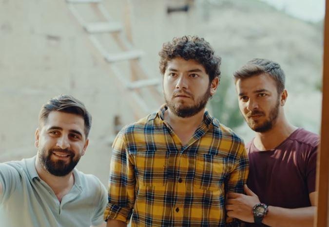 7 Aralık'ta gösterime girecek olan Kafalar Karışık'tan yeni bir teaser yayınlandı