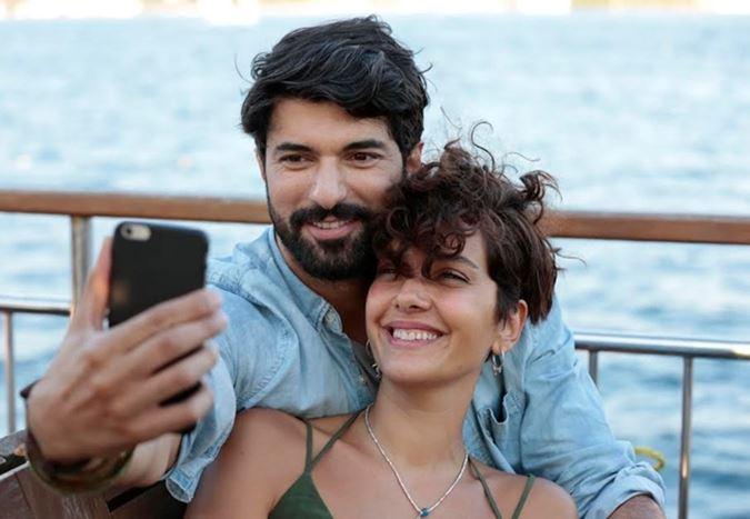 Bergüzar Korel ve Engin Akyürek'in başrolleri paylaştığı Bir Aşk İki Hayat'tan fragman!