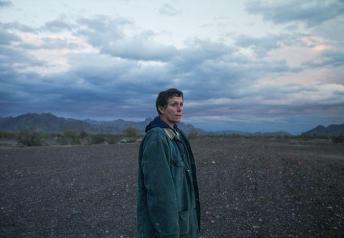 Chloé Zhao'nun yönettiği, Oscarlı oyuncu Frances McDormand'ın başrolünde yer aldığı Nomadland'den ilk görsel!