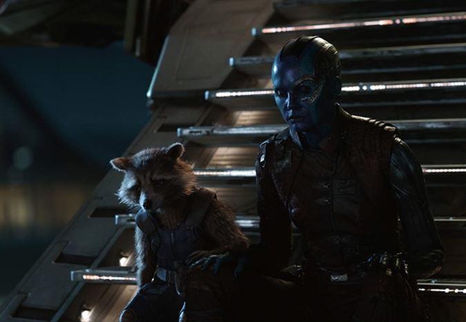 Nebula karakterine hayat veren Karen Gillan, Marvel Sinematik Evreni'nde bir filmi yönetmek istiyor