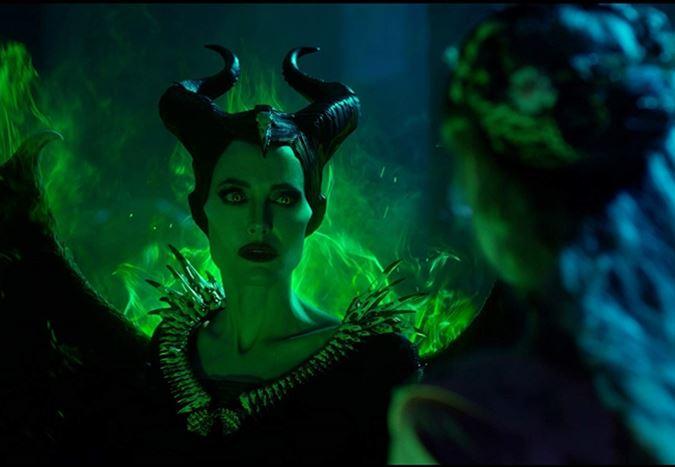 Angelina Jolie'nin kötü karakterine geri döndüğü Maleficent: Mistress of Evil'dan ilk fragman!