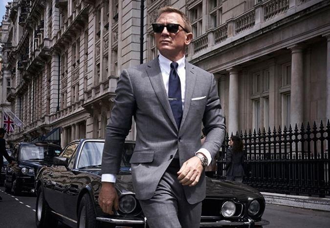 Cary Joji Fukunaga'nın yönetmen koltuğunda oturduğu Bond 25 filminden ilk görüntü yayınlandı