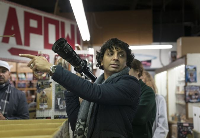 M. Night Shyamalan, Universal için iki yeni film çekecek