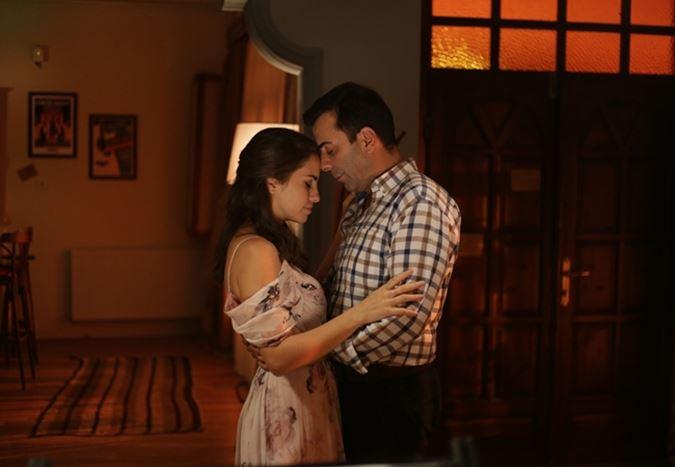 Aslı Tandoğan ve Emre Karayel'in başrollerinde yer aldığı Söz Vermiştin filminden teaser yayınlandı