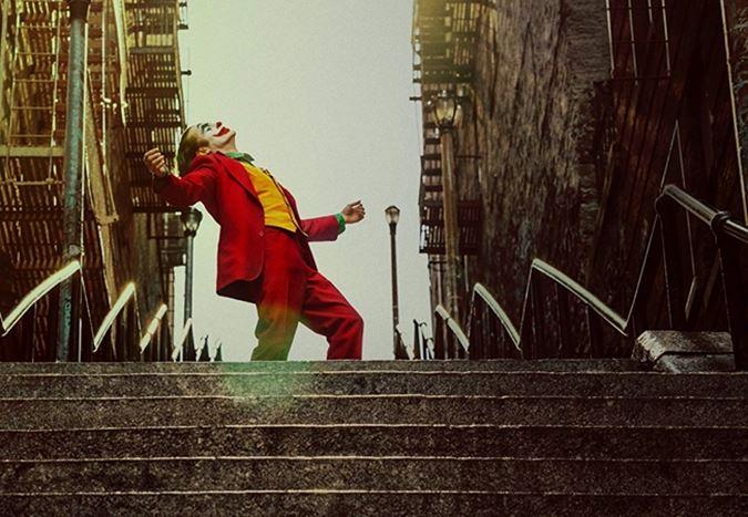 Dünya genelinde $745 milyona ulaşan Joker, en çok kazanç getiren çizgi roman uyarlamalarından biri oldu