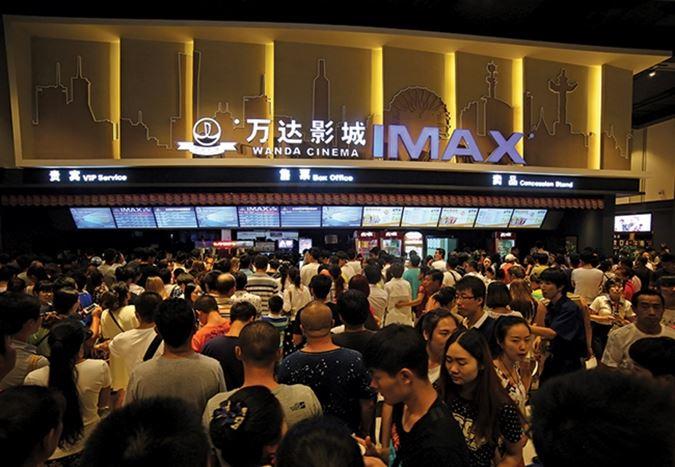 Çin Yeni Yılı öncesi salgın tehdidiyle sinemalar kapatıldı: Tahmini gişe kaybı $1 milyar!