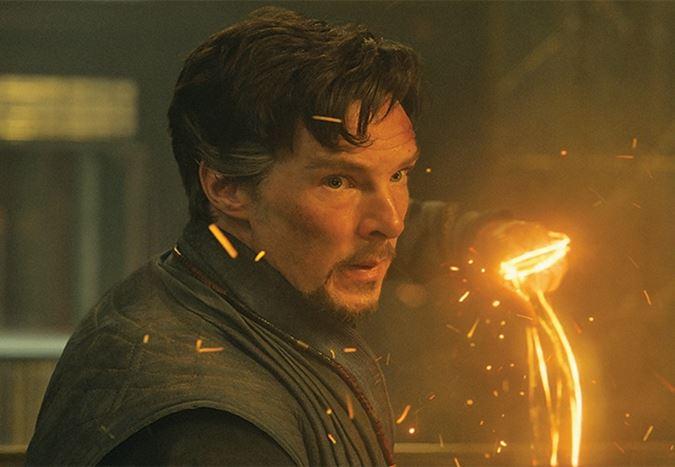 Spider-Man üçlemesine imza atan Sam Raimi, Doctor Strange'in devam filmiyle Marvel evrenine geri dönebilir!
