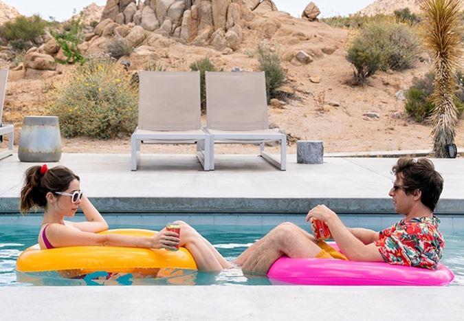 Sundance Film Festivali'nin öne çıkan yapımlarından Palm Springs'ten fragman yayınlandı
