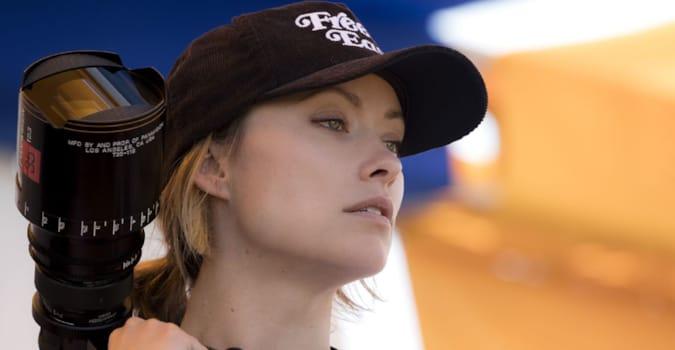 Olivia Wilde, odağında bir kadın süper kahramanın yer alacağı Marvel filminin yönetmen koltuğunda oturacak