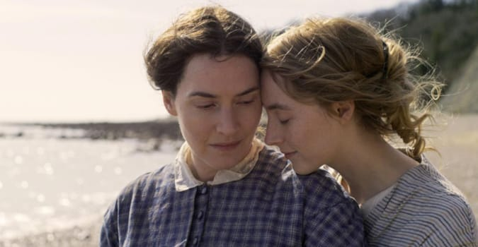 Kate Winslet ve Saoirse Ronan'ın başrollerini paylaştığı Ammonite filminden fragman yayınlandı
