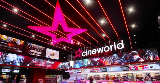"""Cineworld, Perşembe gününden itibaren tüm Birleşik Krallık ve ABD sinemalarını """"geçici"""" olarak kapatacağını açıkladı"""