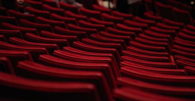 Sinemalar 1 Mart'a kadar kapalı kalmaya devam edecek