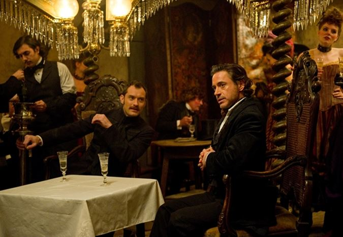 Robert Downey Jr.'lı Sherlock Holmes 3'te önemli gelişme!