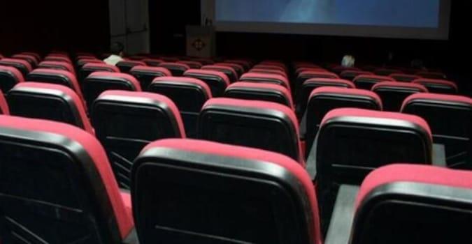 Sinema salonları 1 Nisan'a kadar kapalı kalmaya devam edecek