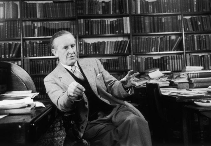 J.R.R. Tolkien'in hayatı Middle Earth ile sinemaya uyarlanıyor