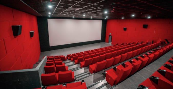 Sinema salonları 1 Temmuz'a kadar kapalı kalmaya devam edecek