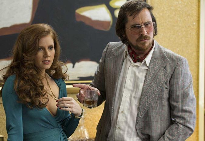 Amy Adams, Christian Bale ve Steve Carell aynı filmde buluşuyor