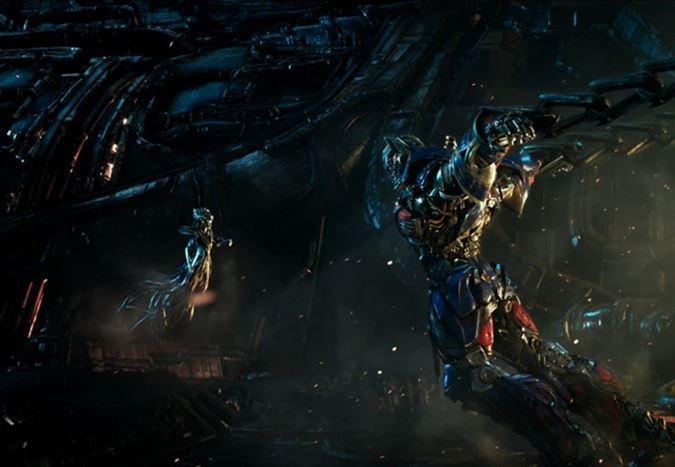 Transformers 5: Son Şövalye'den Türkçe altyazılı yeni fragman!